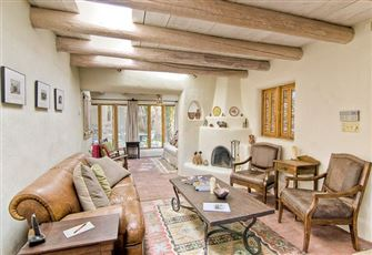 Canyon Road Cassidy Compound, 3 Bedrooms, Pets, Fireplace, Sleeps 6