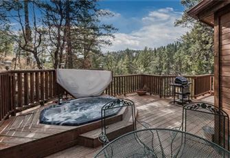 Cabin on the Creek, 3 Bedrooms, Hot Tub, Fireplace, Pet Friendly, Sleeps 6