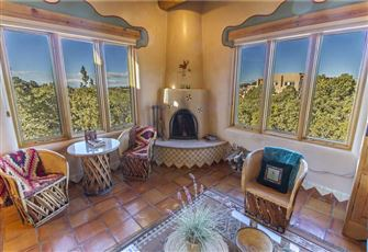 An Enchanting Casita, 2 Bedrooms, Views, HDTV, Fireplaces, WiFi, Sleeps 4