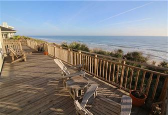 St Somewhere, 5 Bedrooms, Beach Front, Sleeps 10