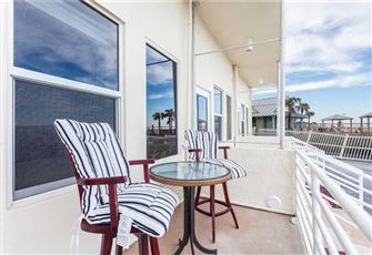 Harbor Beach Resort 112, Studio, Ocean Front, Pool, WiFi, Sleeps 2