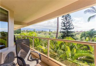 Maui Banyan T-305 - Ocean View Beach Condo for 8