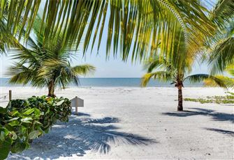 Tropical Bliss, 1 Bedroom, Gulf Front, Pet Friendly, Sleeps 4