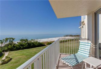 Estero Beach & Tennis 305C, 1 Bedroom, Elevator, Heated Pool, Sleeps 4