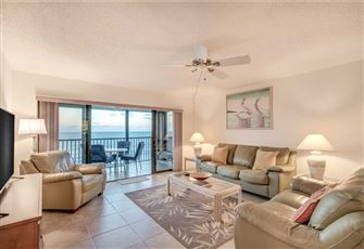 Reflections on the Gulf 504, 2 Bedroom, Gulf Front, Pool, Spa, Sleeps 6