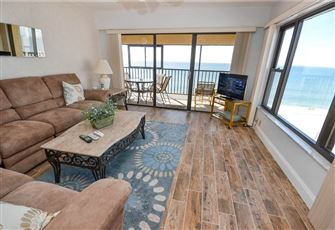 Arie Dam 404, 2 Bedrooms, Gulf Front, Heated Pool, Spa, WiFi, Sleeps 6