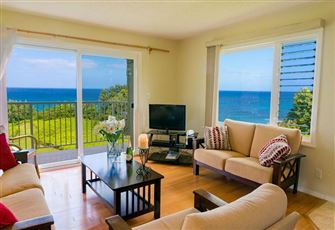 Oceanfront Corner Condo Great