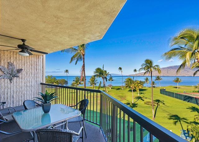 Sweeping views of ocean and Maui from top floor penthouse. Beachfront resort #231782