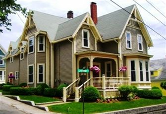 Tastefully Renovated Victorian House
