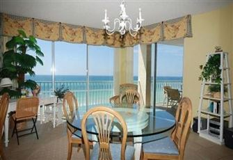 A Beautifully Decorated 3 Bed/3 Bath Gulf-Front Condo
