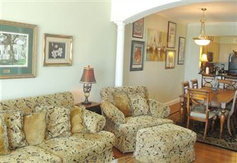 Beautiful 3 Br/2ba Condo