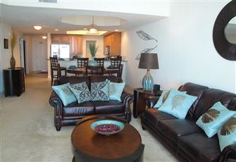 Beautifully Furnished 2-Bedroom /