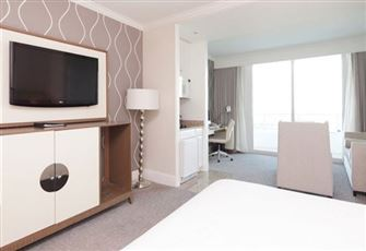 Newly Renovated Jr Suite