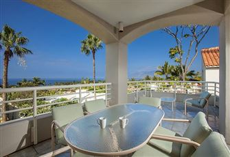 An Upstairs Ocean View 2 Bedroom 2 Bath Condo