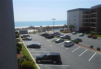 2br/2ba Ocean-View Unit Provides