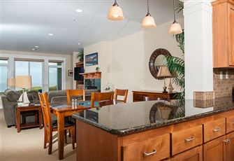 Luxury Ground Floor Oceanfront