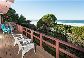 Oceanfront Pet Friendly Home