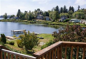 Lake Point Hideaway -