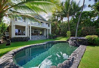 This Kona Oceanfront Home