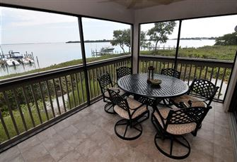 Wonderful Bayfront Condominium Located