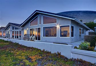 **Luxury Rental** 3bd/3ba Oceanfront
