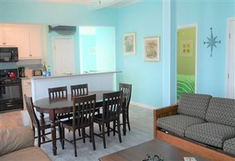 This 5br/2ba Galveston Rental