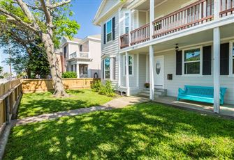 This Lovely 3-Bedroom Galveston