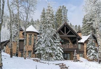 This Secluded 4br 4ba