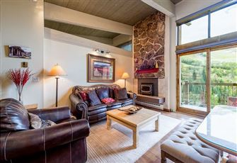 This 2br/2ba Ski-in/Ski-out Condo