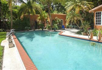 Garden Guest House Pool&Patio