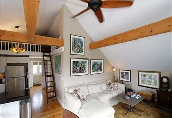 This Charming 2br/1ba Provincetown