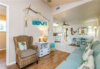 A Cheery 3-Bed 2-Bath