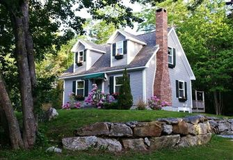 This 3br 2ba Cottage