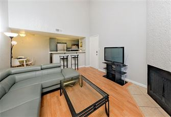 This 2br/2ba Condo is