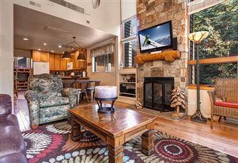 Mountain Lodge Decor and