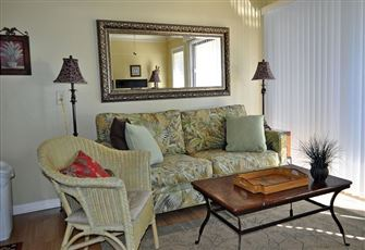 Beautifully Furnished this 2nd
