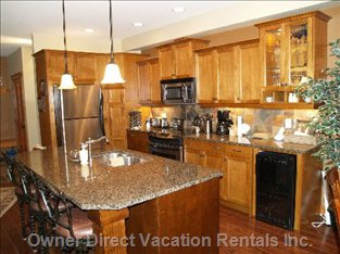 Gourmet Kitchen with S/S Appliances and Island.