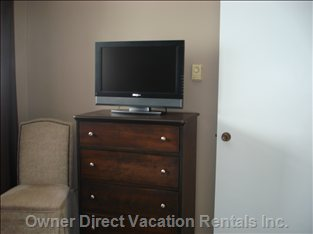 Bedroom Dresser and Tv with Dvd Player