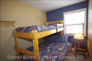Bunk Room with Double/Single