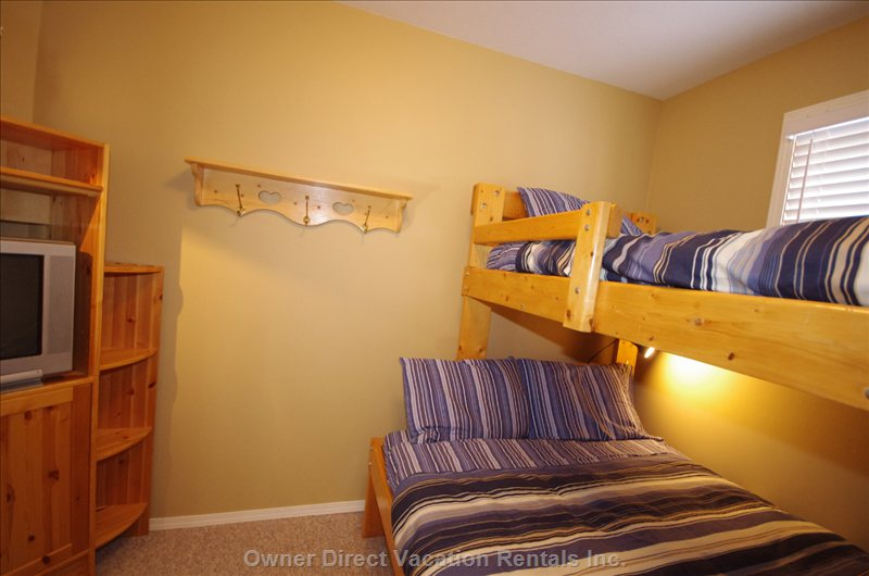 Second Bunk Room with Double/Single Bunks