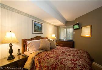 Executive Accommodation Village Air Conditioning-Free Parking-Renovated