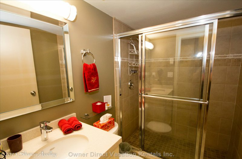 Beautiful Bathroom with 5' Walk-in Shower