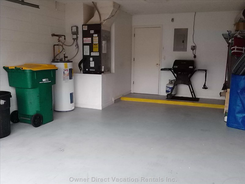 Garage with Bbq Grill