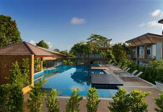Luxury 2 Bedroom Island Villa Nestled in Tropical Gardens with Modern Design