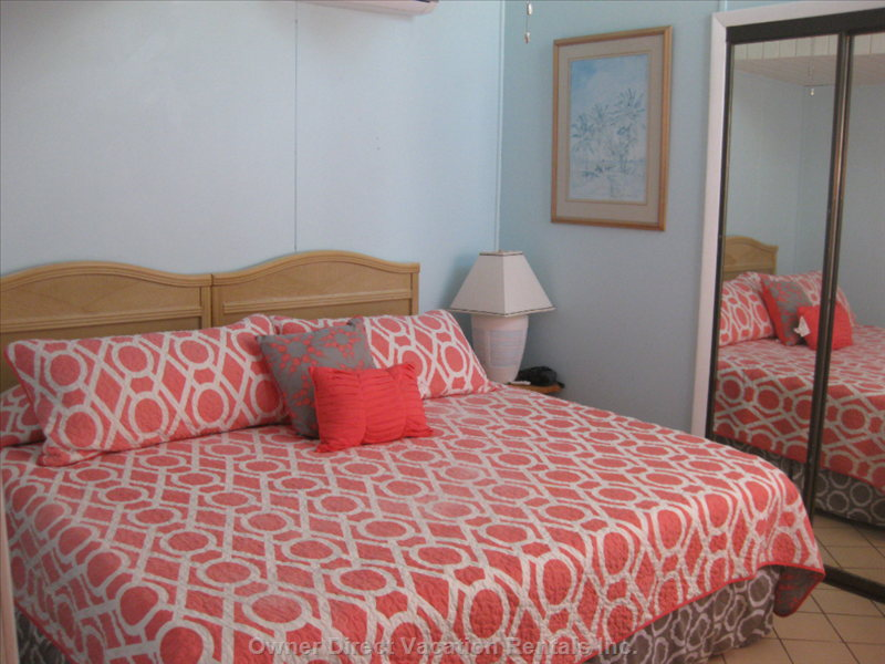 Bedroom 2 with King Size Bed Or 2 Twin Beds