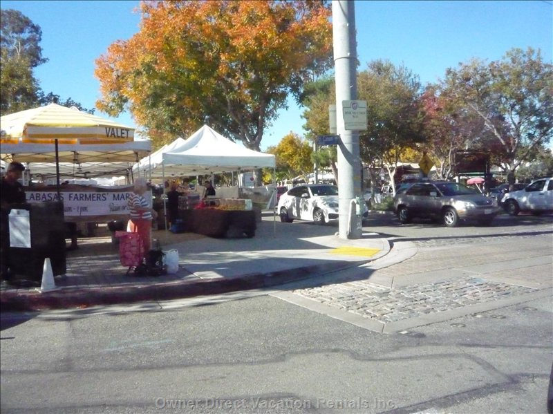 Old Town Calabasas Farmers Market Every Saturday Morning.