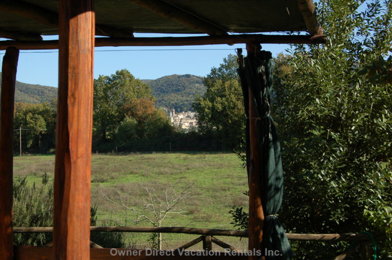 Enjoy the Italian Countryside from the Patio