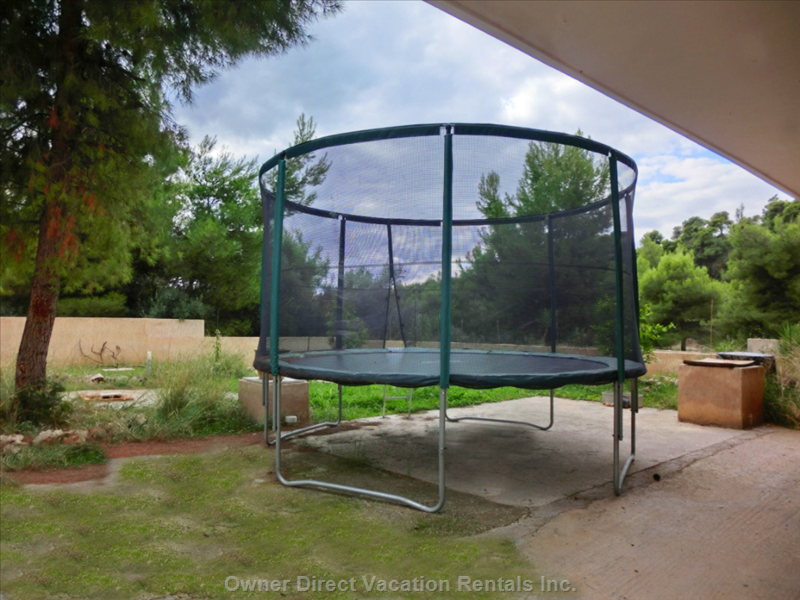 Big Heavy Professional Trampoline for Children Or Adults who Feel like Children