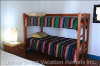 Bunk Beds in Verde Room