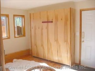 King Size Murphy Bed - for Maximum Room When it'S Not Being Used